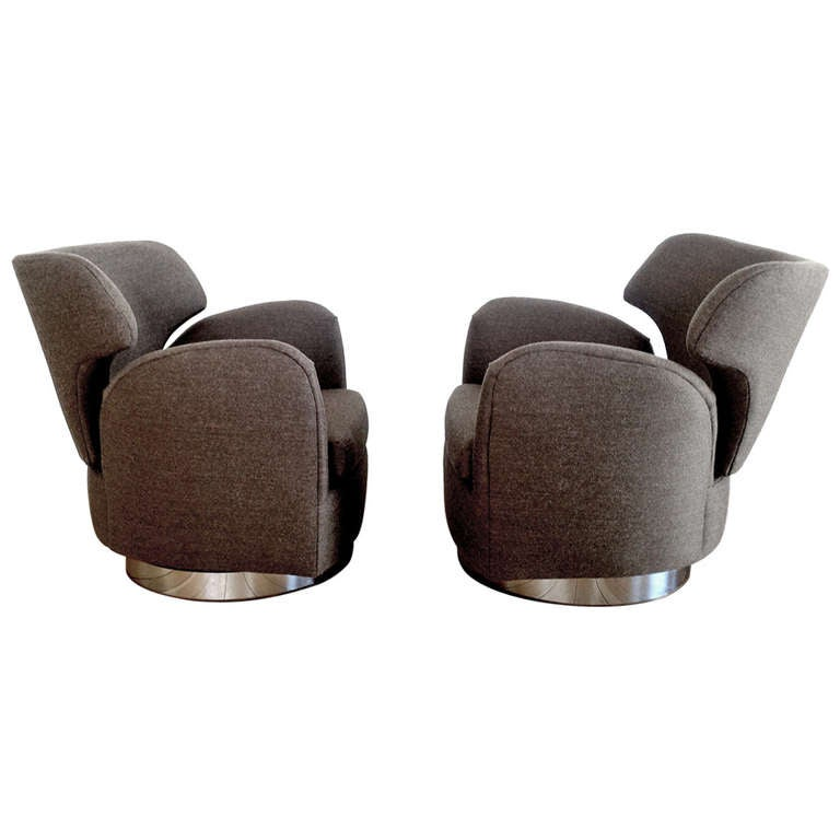 Pair Of Swivel Club Chairs Designed By Milo Baughman For