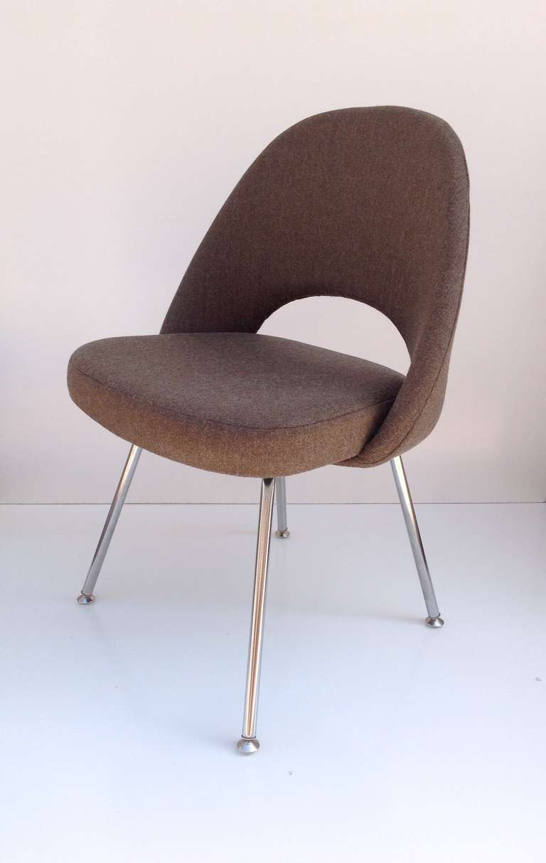 Set of eight saarinen dining chairs for knoll at stdibs