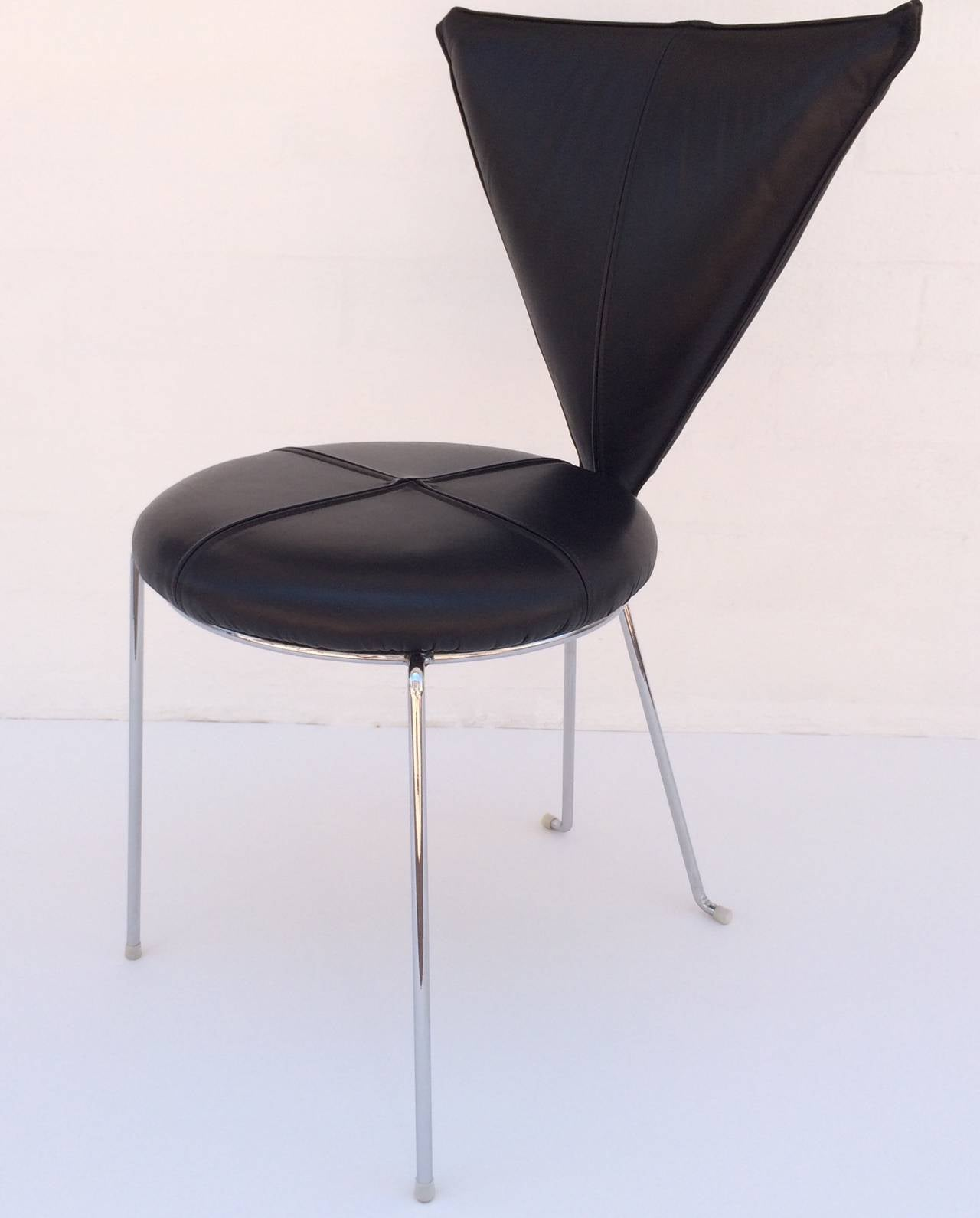 Modern Rare Set of Four Black Leather and Chrome Chairs by Helmut Lubke & Co For Sale