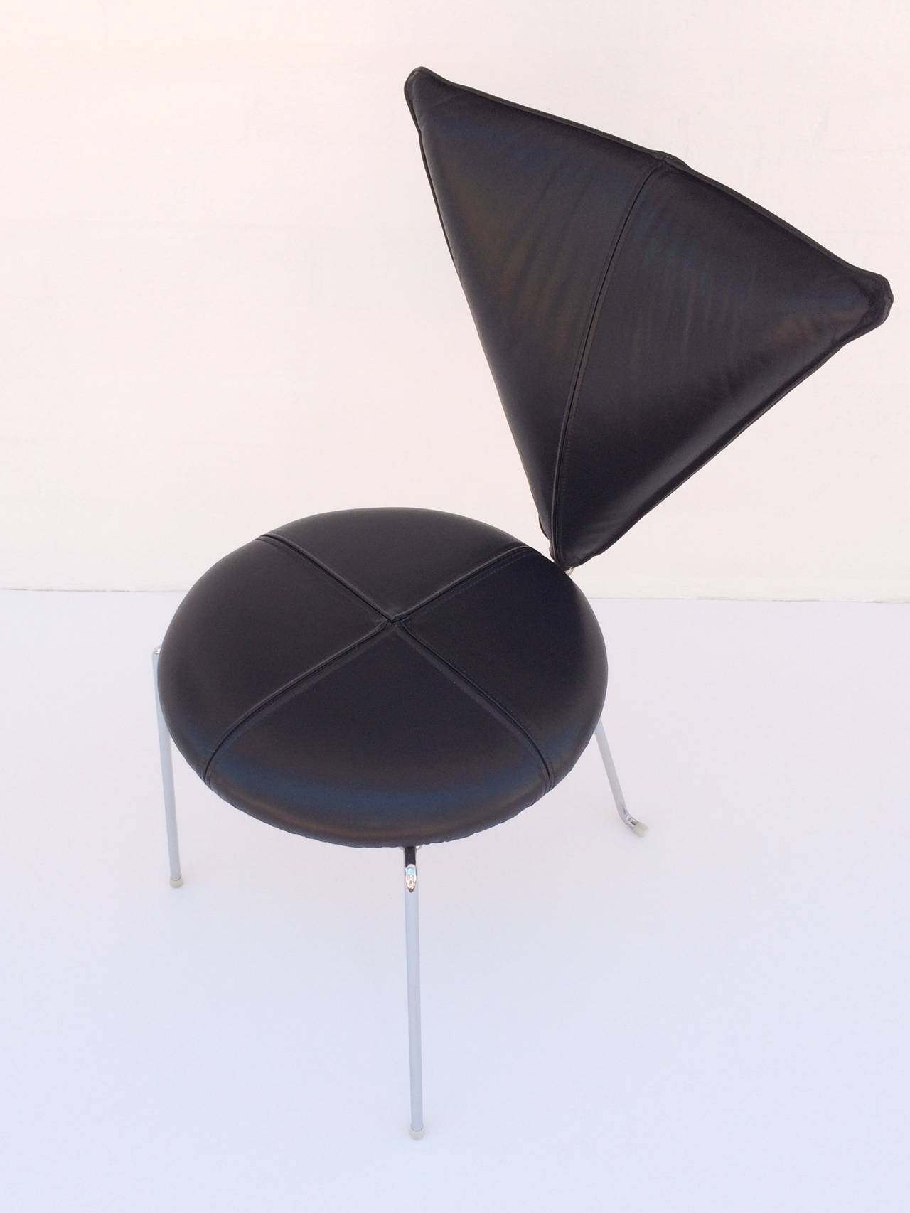 Rare Set of Four Black Leather and Chrome Chairs by Helmut Lubke & Co For Sale 2