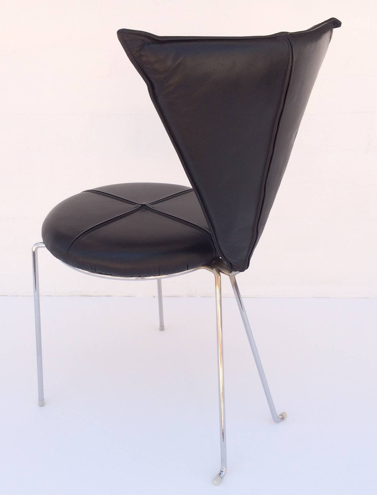 Late 20th Century Rare Set of Four Black Leather and Chrome Chairs by Helmut Lubke & Co For Sale