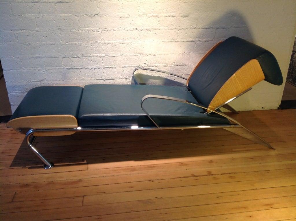 futuro 3 chaise loungue by massimo iosa ghini for moroso. Black Bedroom Furniture Sets. Home Design Ideas