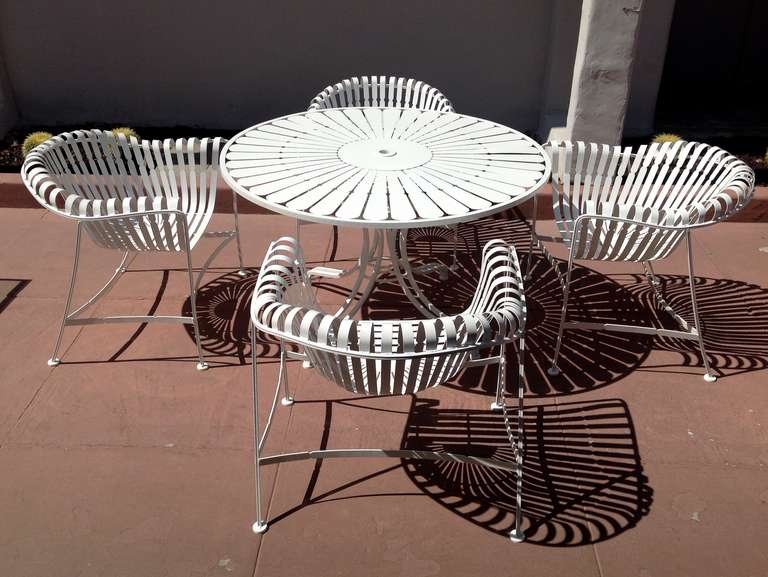 Attractive Sculptural Russell Woodard Patio Table And Chairs 2