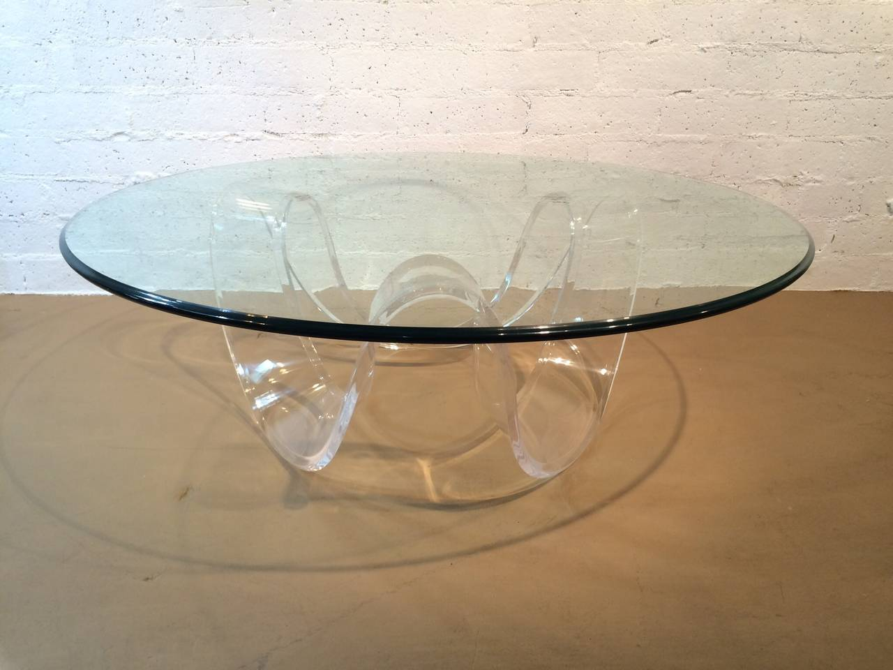 1970s Acrylic Ribbon Coffee Or Cocktail Table At 1stdibs