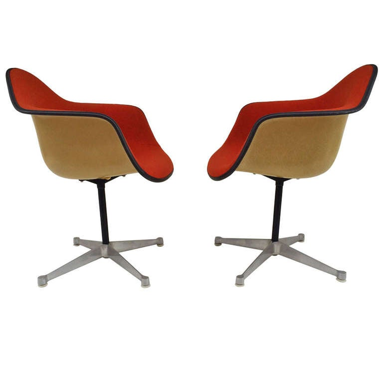 Pair of eames upholstered bucket swivel chairs for herman miller at 1stdibs - Herman miller bucket chair ...