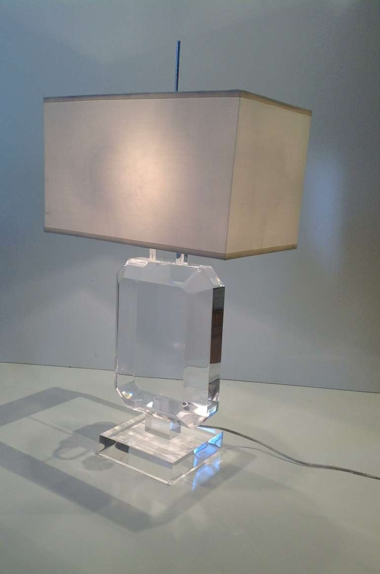 Great Acrylic Table Lamp By Les Prismatques With Chrome Hardware. Signed L.P.  Newly Rewired.