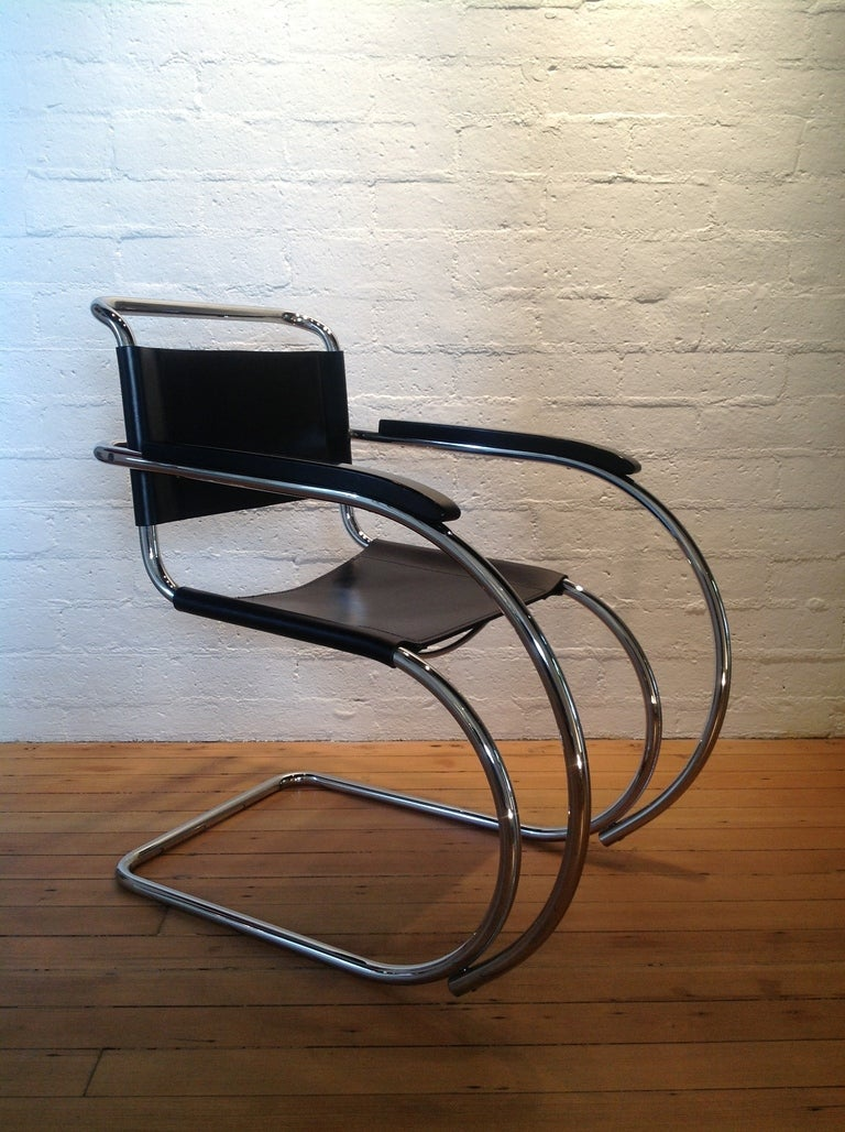 this a pair of mr lounge chairs by ludwig mies van der rohe is no