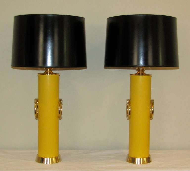 Pair Lightolier Tommi Parzinger Marigold Yellow Brass Ring Table Lamps. For Sale 4