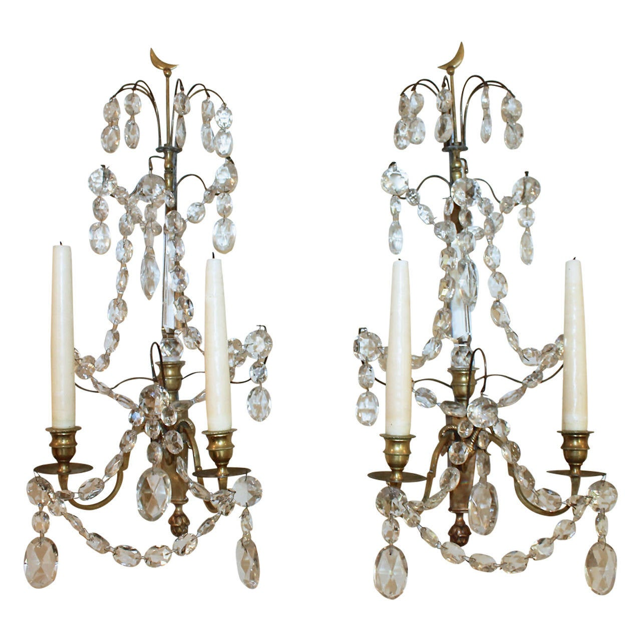 Charmant Pair Of Swedish Gustavian Baltic Candle Wall Sconces For Sale