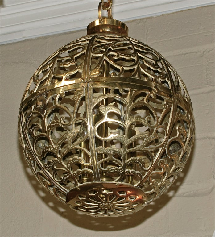 Trio Large Pierced Brass Asian Ceiling Light Pendants In Excellent Condition For Sale In Palm Springs, CA
