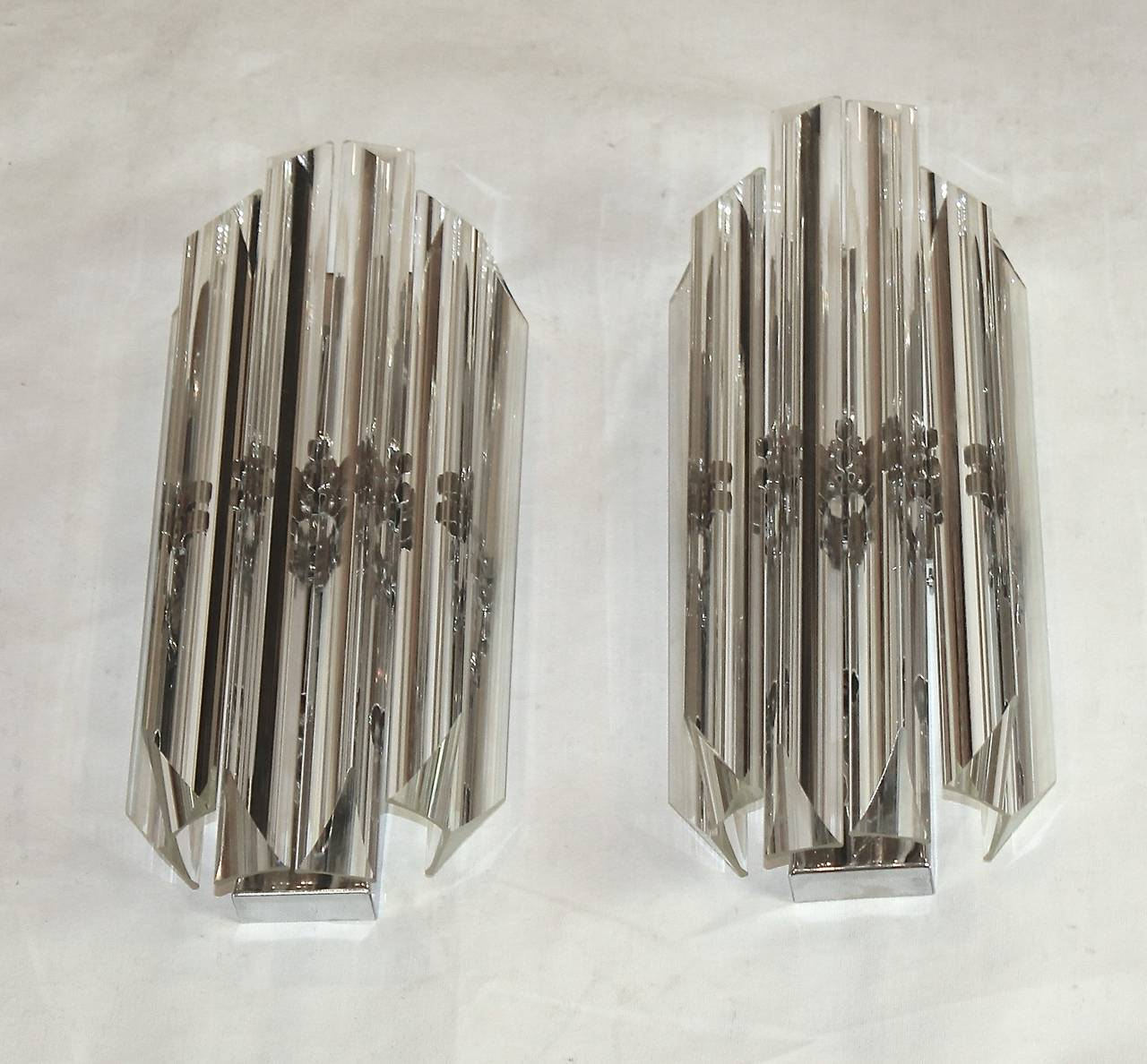 Italian Style Wall Sconces : Pair of Italian Crystal, Venini Style Triedri Wall Sconces at 1stdibs
