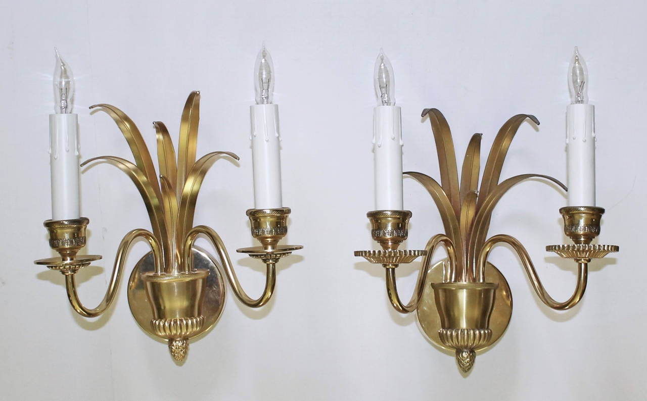 Pair of Wheat Motif Two-Arm Brass Wall Sconces For Sale 5
