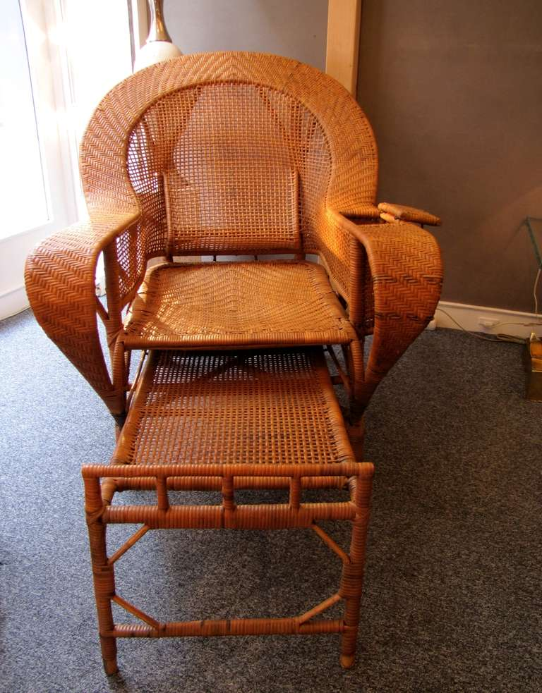 Beautiful 1930 39 s rattan chaise longue at 1stdibs for Cane chaise longue