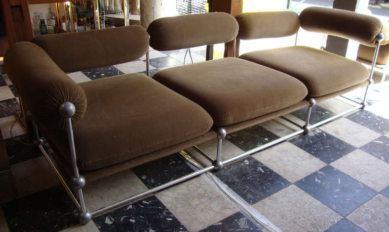 Interesting 1970 39 s living room set of one canap and two for Interesting living room furniture