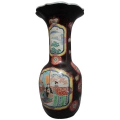 Important 1900's Chinese vase in porcelain & lacquer