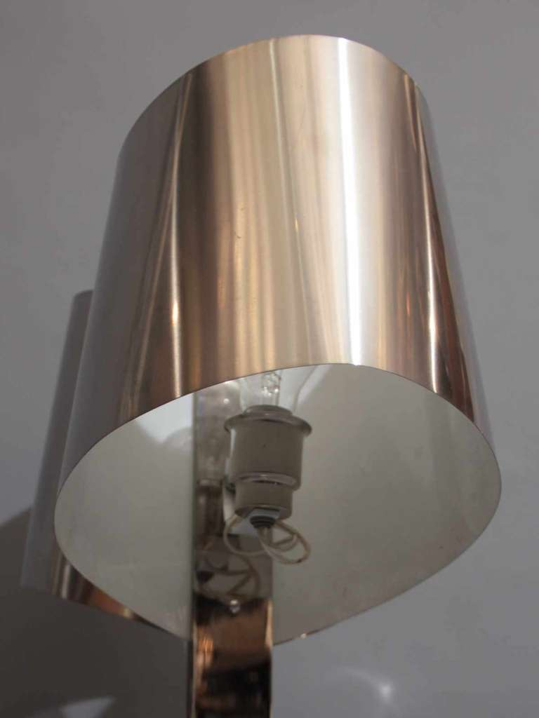 Metal 1970's desk lamp by Henri Mathieu For Sale