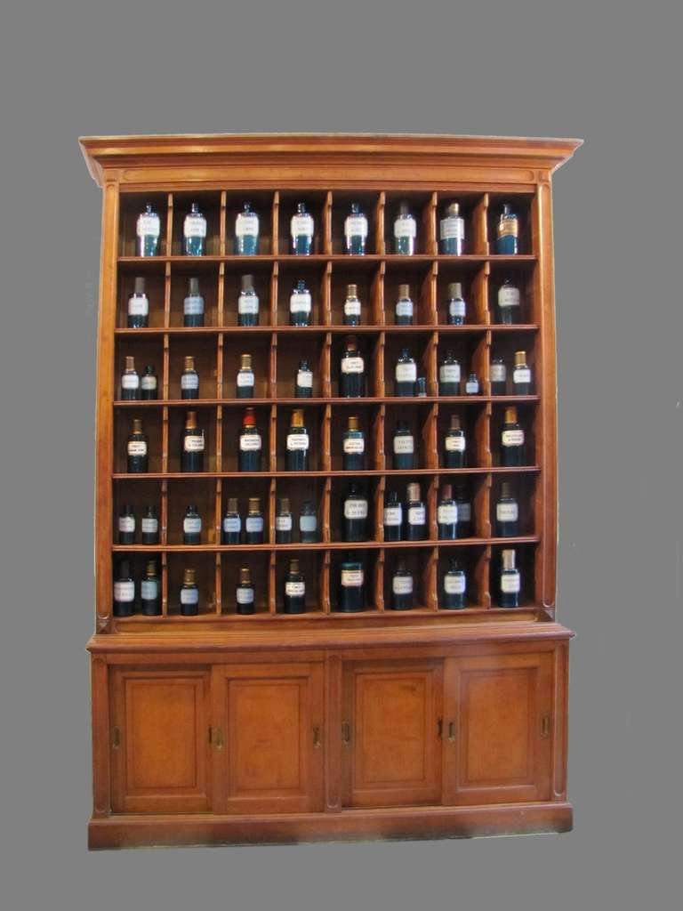 courier cabinet from hotel reception late 19th century for sale at 1stdibs. Black Bedroom Furniture Sets. Home Design Ideas