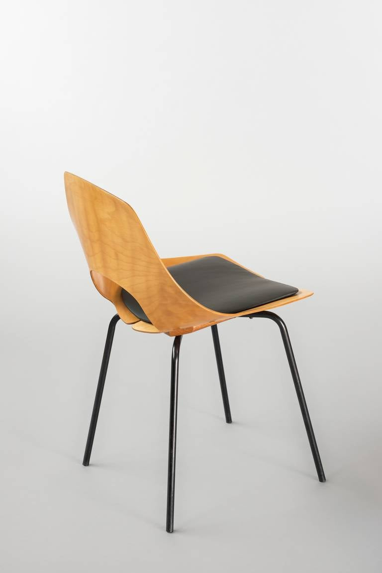 tonneau chair by pierre guariche steiner edition 1951 for sale at 1stdibs. Black Bedroom Furniture Sets. Home Design Ideas