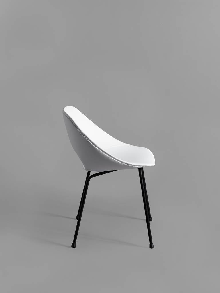 set of 6 tulipe chairs by pierre guariche steiner. Black Bedroom Furniture Sets. Home Design Ideas
