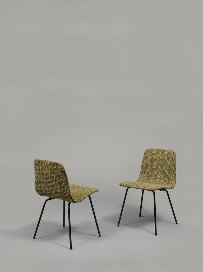 pair of chairs papyrus by pierre guariche steiner. Black Bedroom Furniture Sets. Home Design Ideas