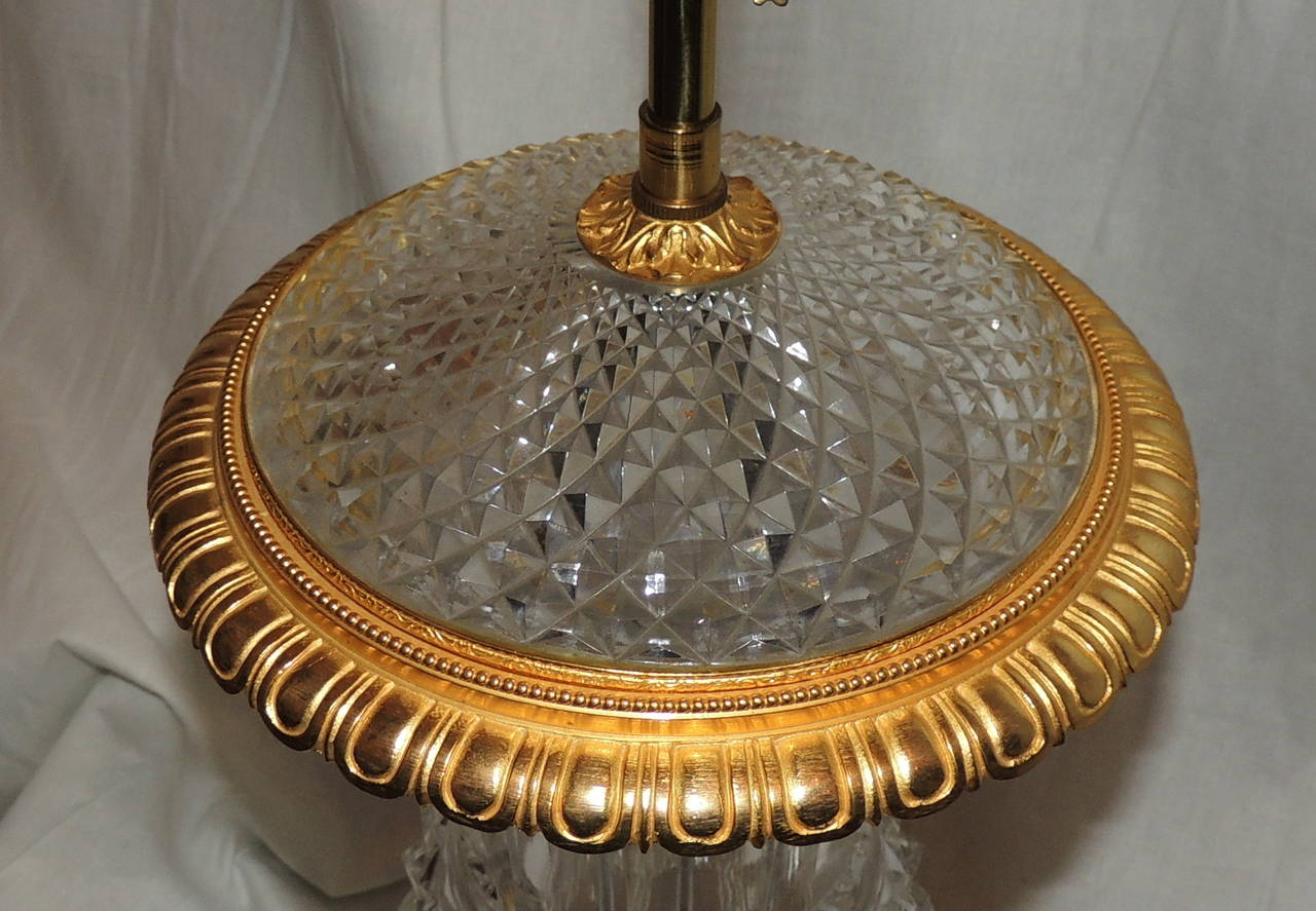 Exceptional Pair of French Doré Bronze and Cut-Crystal Ormolu Urn Form Lamps For Sale 2