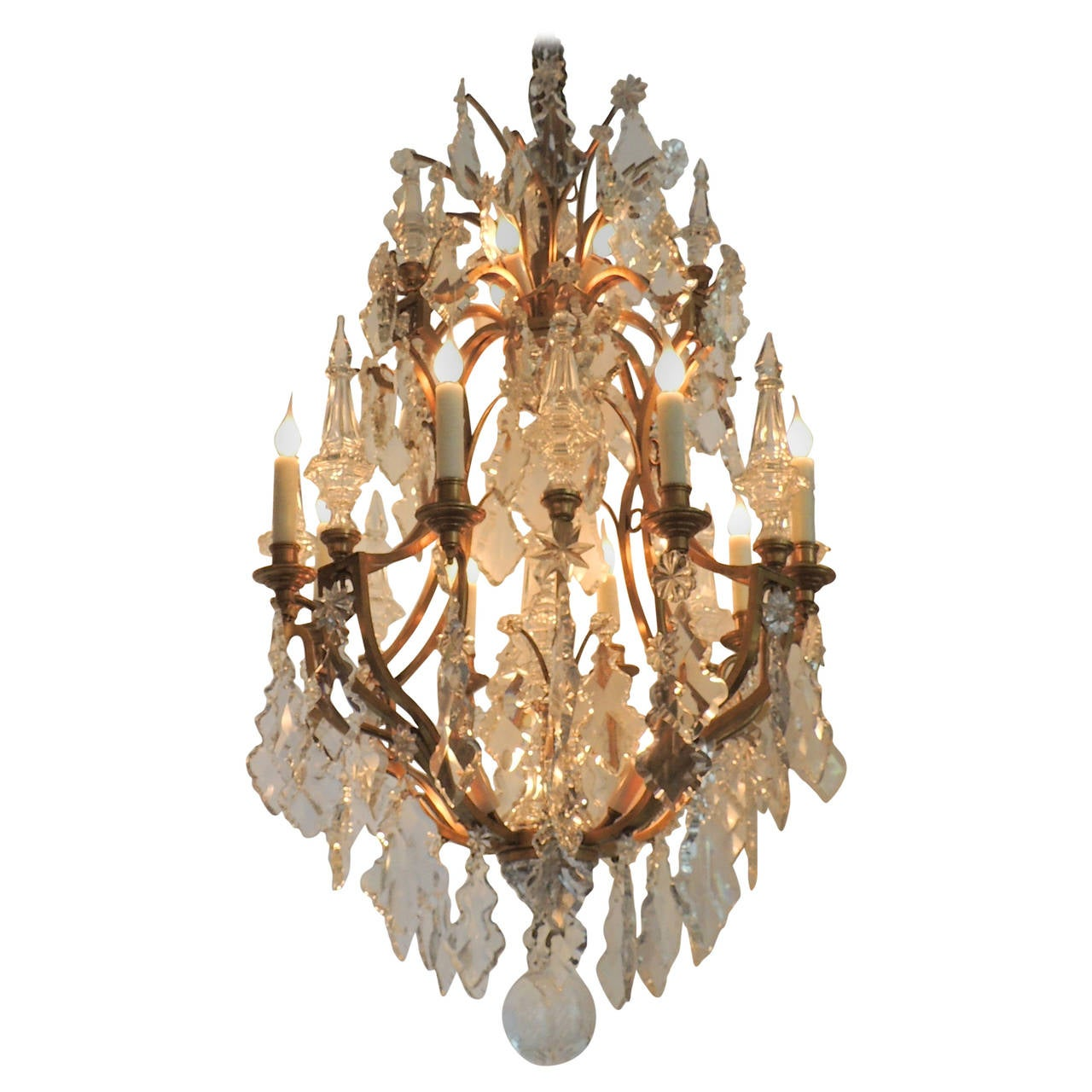 Grand Baccarat French Louis XV Dore Bronze and Twenty-Light Crystal Chandelier