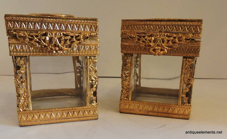 Elegant Pair of French Bronze Crystal Ormolu Vanity Boxes, Minature Portraits In Good Condition For Sale In Roslyn, NY