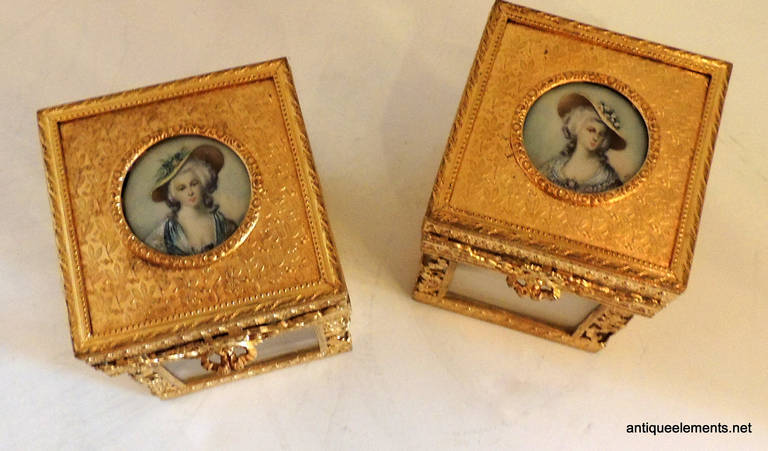 20th Century Elegant Pair of French Bronze Crystal Ormolu Vanity Boxes, Minature Portraits For Sale
