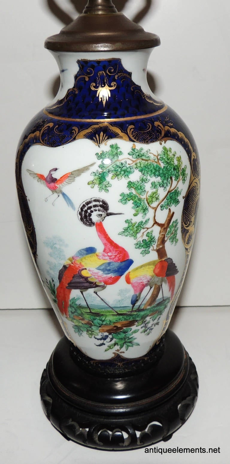 Unknown Wonderful Pair of Chinoiserie Blue, Hand-Painted Lamps Depicting Birds For Sale
