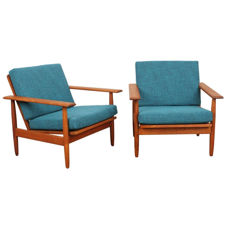 Danish mid century modern teak lounge chairs at 1stdibs for Mid century danish modern chair