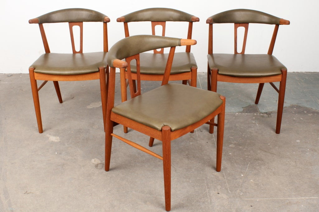 rare danish mid century modern teak dining chairs at 1stdibs. Black Bedroom Furniture Sets. Home Design Ideas