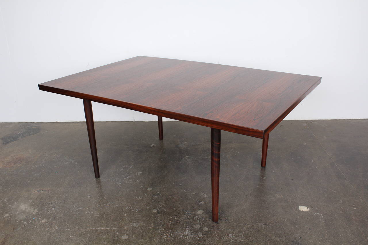 Mid century modern danish rosewood dining table for sale for Most beautiful dining room tables
