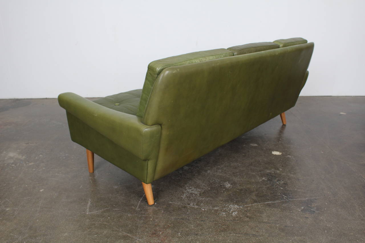 Mid-Century Modern Green Leather Sofa by Skippers Mobler at 1stdibs
