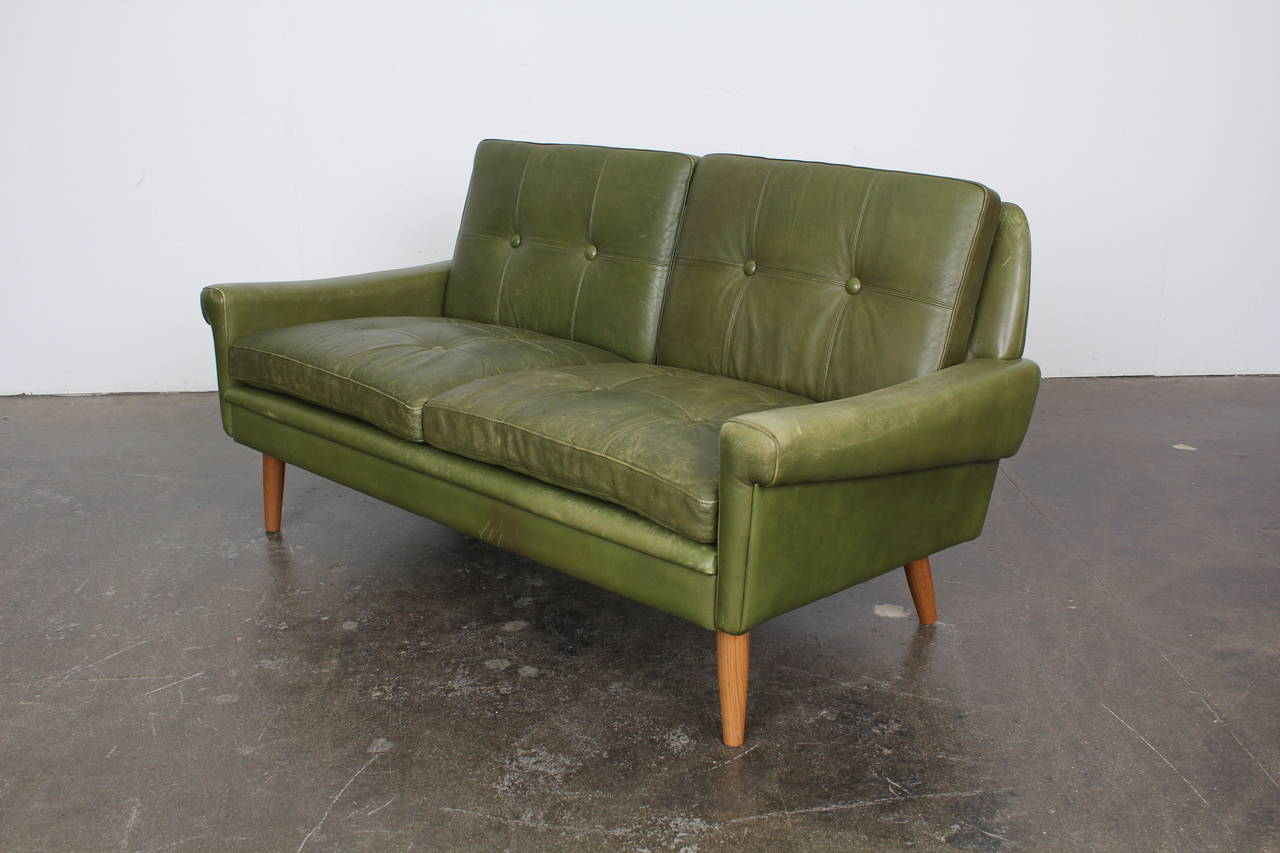 mid century modern green leather loveseat by skippers. Black Bedroom Furniture Sets. Home Design Ideas