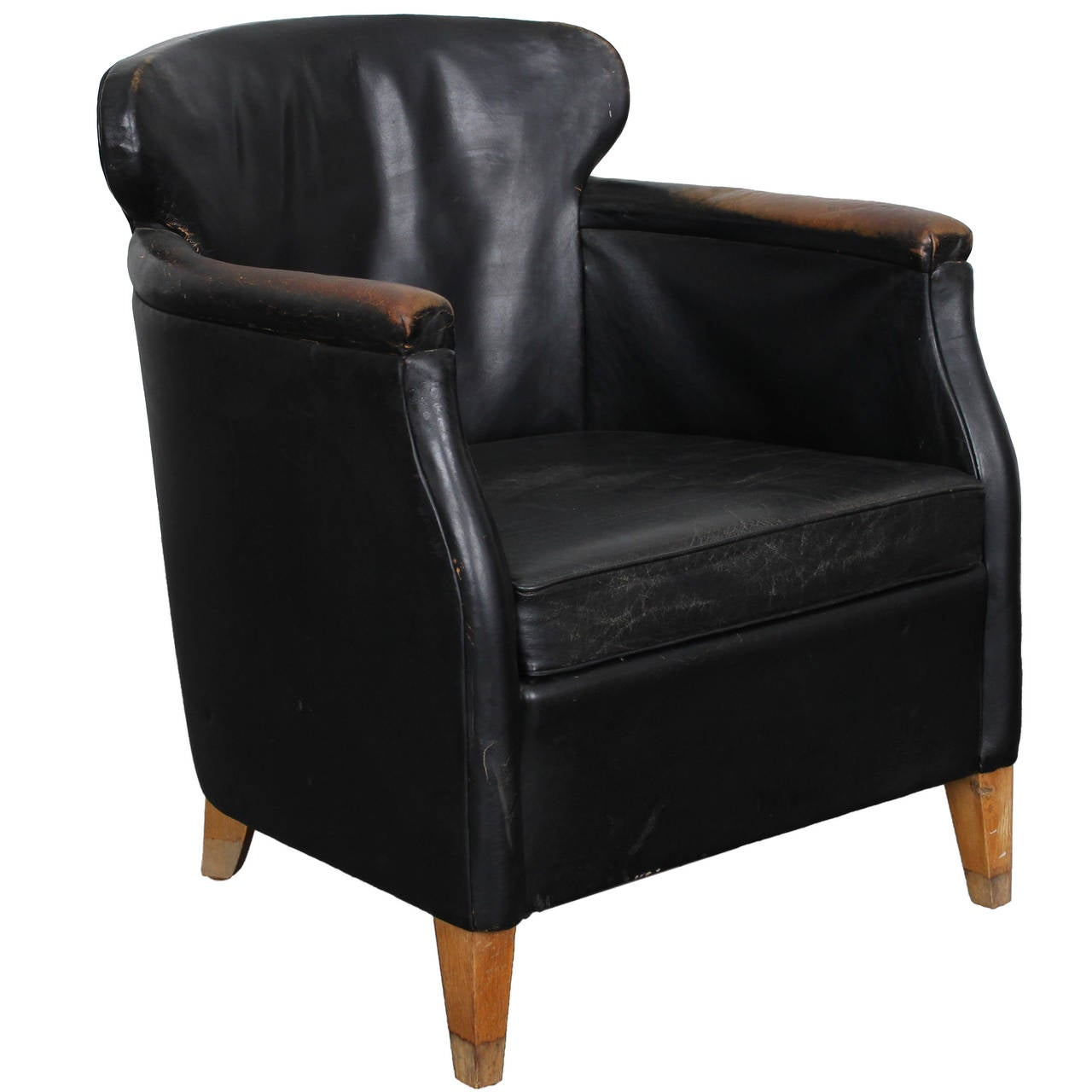 Mid century modern danish black leather lounge chair at for Modern leather club chair