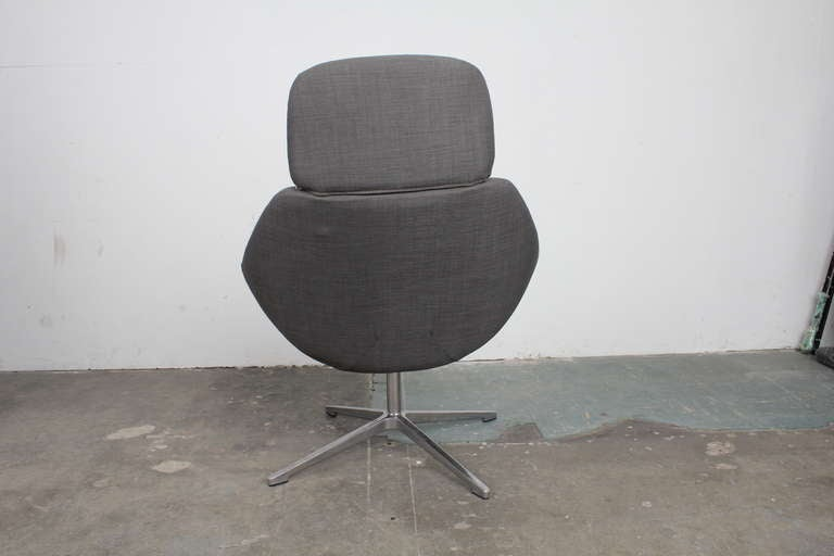 Mid Century Modern Swivel Lounge Chair At 1stdibs