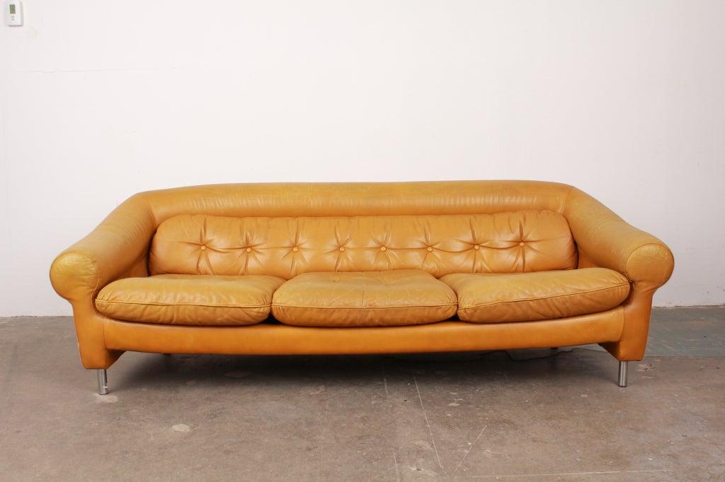 Modern Single Leather Sofas