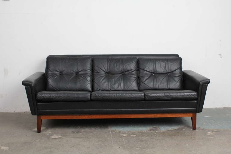 Vintage Black Leather Mid Century Modern Sofa With Rosewood Base 2