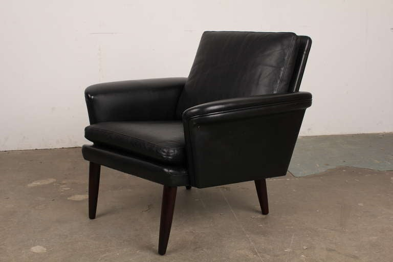 Mid Century Modern Leather Lounge Chair at 1stdibs