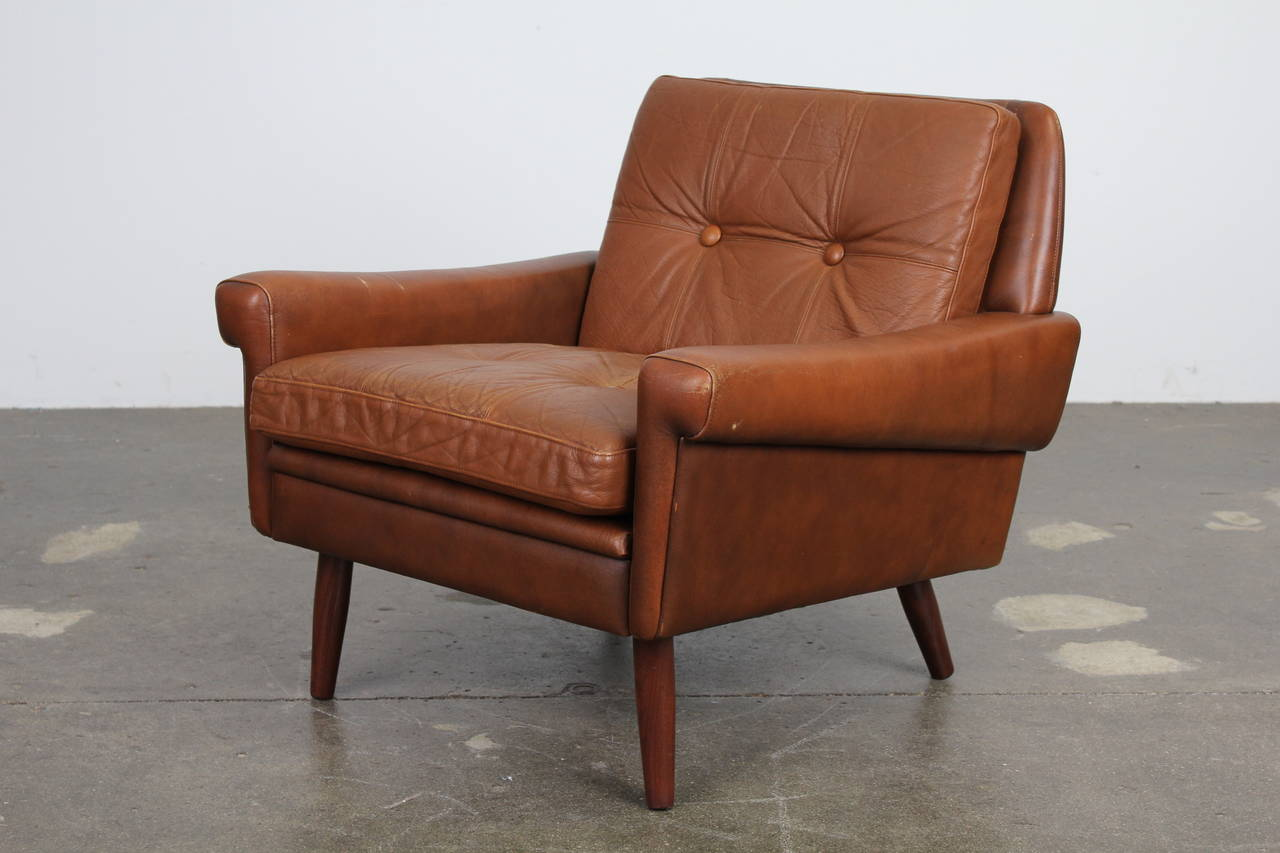 danish modern brown leather chair by skipper mobler at 1stdibs. Black Bedroom Furniture Sets. Home Design Ideas