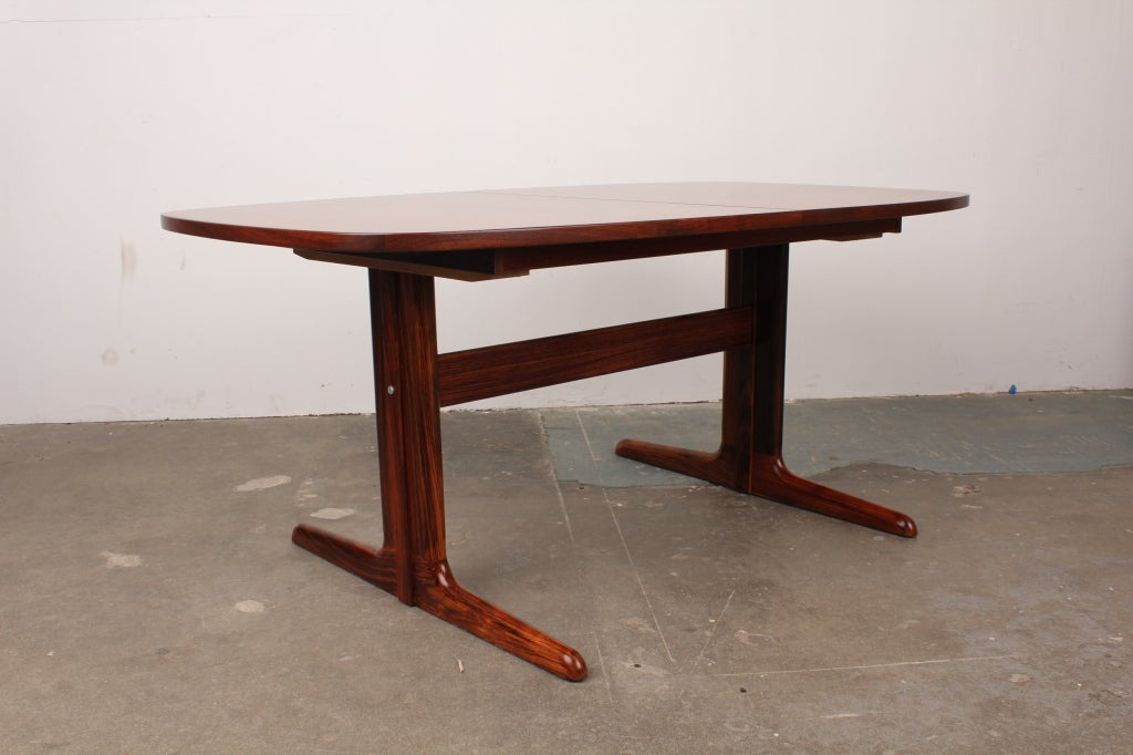 Danish Mid Century Modern Rosewood Pedestal Oval Dining Table Image 4