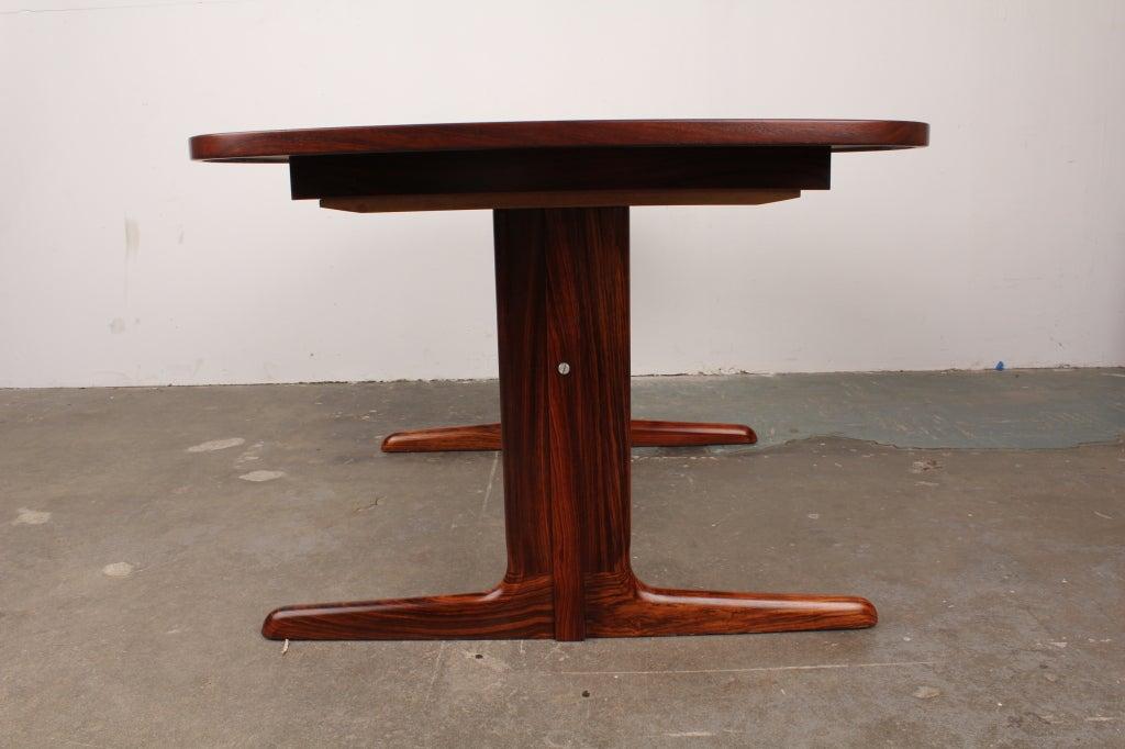 Danish Mid Century Modern Rosewood Pedestal Oval Dining