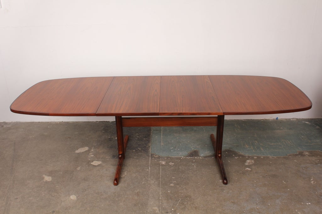 Danish Mid Century Modern Rosewood Pedestal Oval Dining Table Image 6