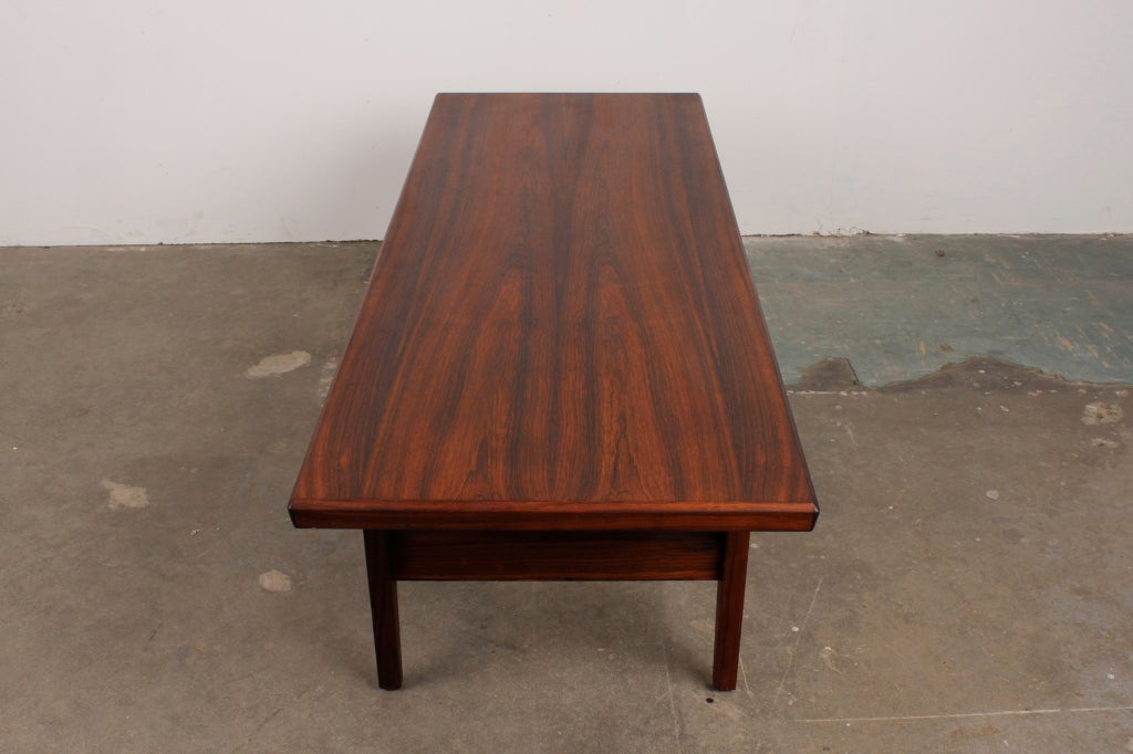 Danish Mid Century Modern Rosewood Coffee Table At 1stdibs