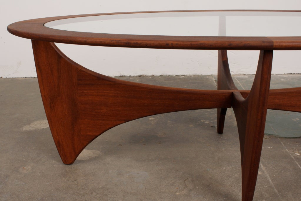 Mid Century Modern Oval Coffee Table By VB Wilkins For G Plan Image 2
