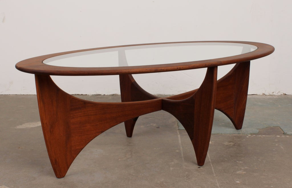 Mid century modern oval coffee table by vb wilkins for g for Small coffee table plans