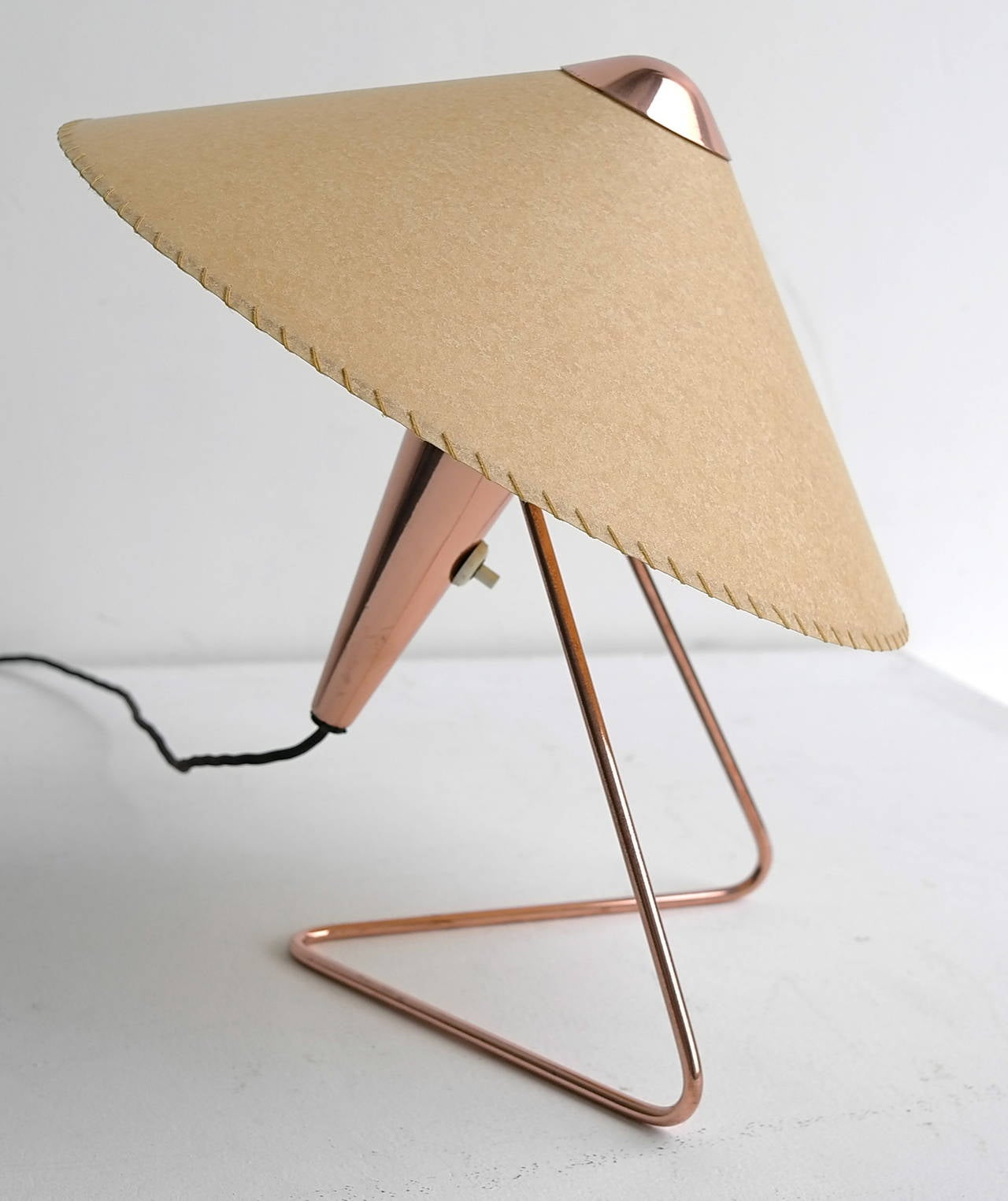V-shaped copper table lamp, 1950s.
