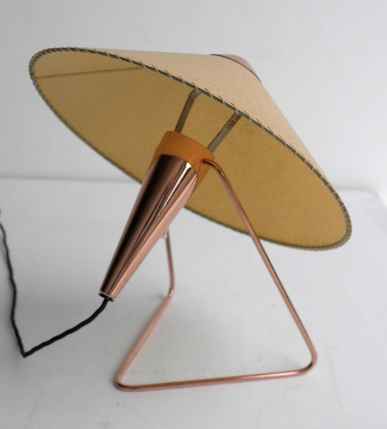 V-Shaped Copper Table Lamp, 1950s For Sale 1