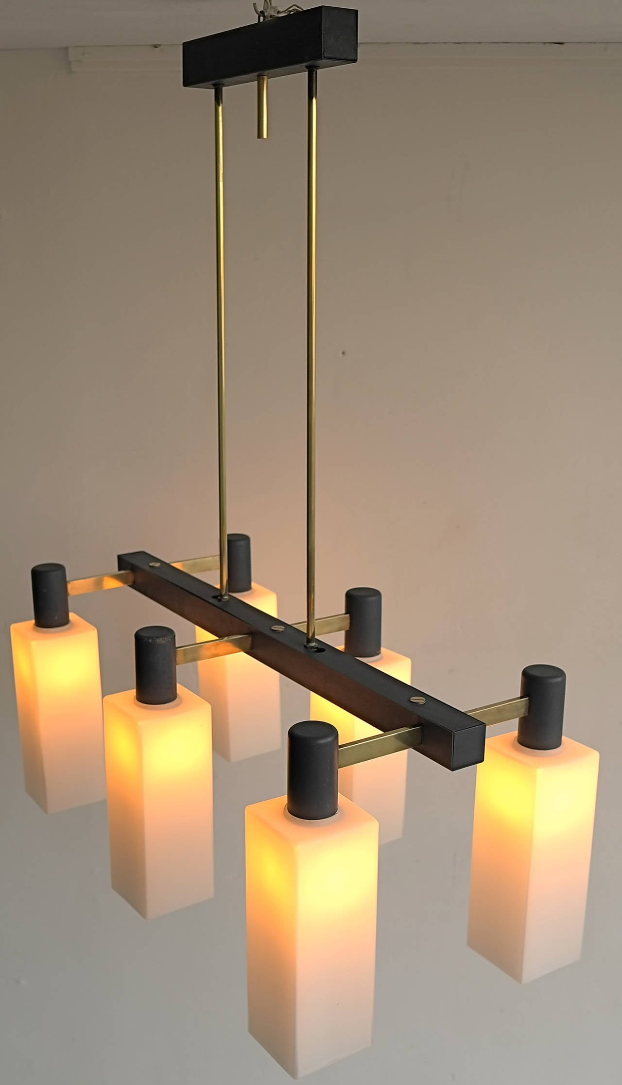 Italian Monumental Pendant Lamp, 1960s In Good Condition For Sale In Den Haag, NL