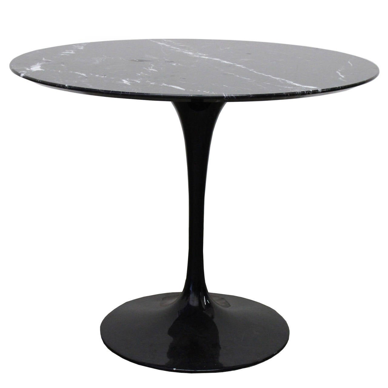 black marble tulip table by saarinen at 1stdibs. Black Bedroom Furniture Sets. Home Design Ideas